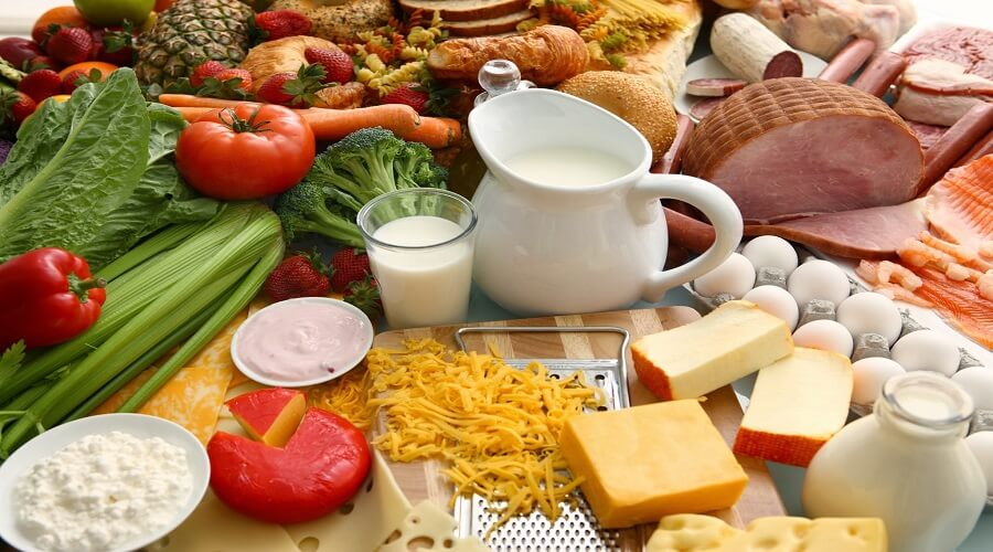 Uống sữa vào bữa sáng giúp giảm lượng đường trong máu cả ngày. Cải thiện chế độ ăn uống trong bệnh tiểu đường. 2