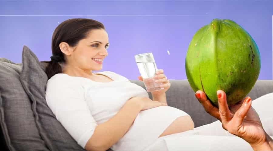 Tiểu đường thai kỳ có được uống nước dừa không 4