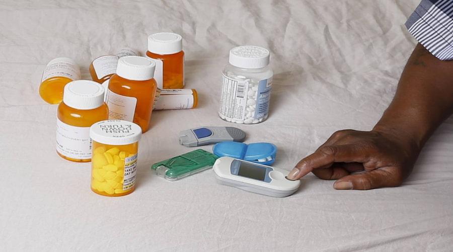 Uống thuốc tiểu đường có tác dụng phụ gì 2