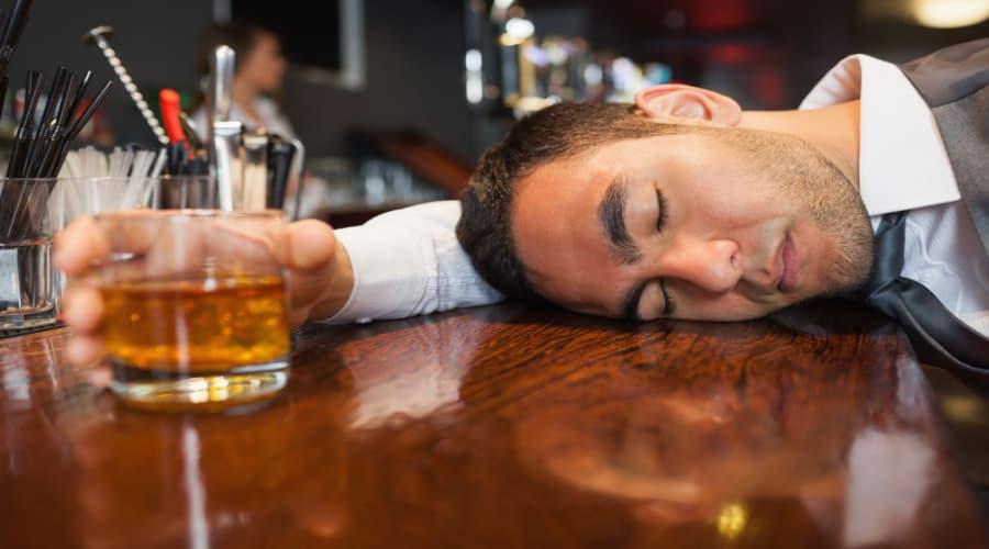 Bệnh nhân tiểu đường và chú ý về việc uống rượu 2