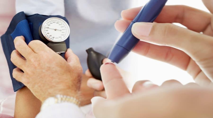 Bệnh tiểu đường và huyết áp cao 1