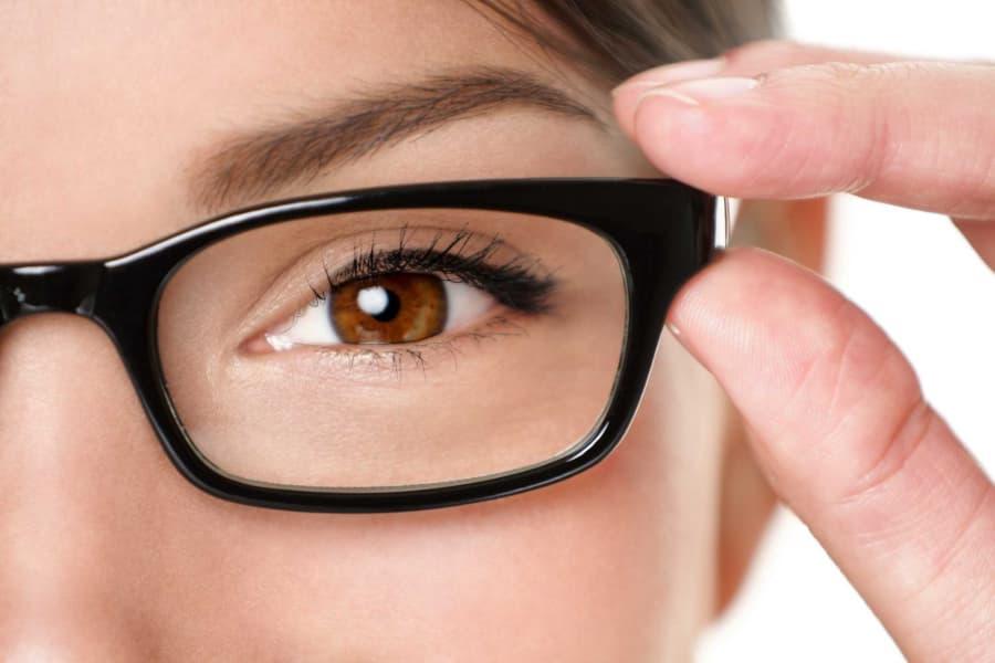 Phát hiện và điều trị sớm bệnh võng mạc tiểu đường để tránh mất thị giác 2