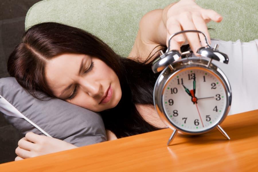 Thức khuya và dậy muộn vào dịp nghỉ lễ là nguyên nhân làm sức khỏe suy giảm 1