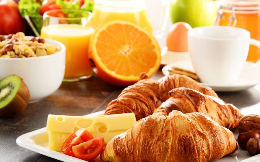 Thức khuya và dậy muộn vào dịp nghỉ lễ là nguyên nhân làm sức khỏe suy giảm 3