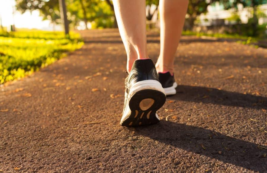 Thức khuya và dậy muộn vào dịp nghỉ lễ là nguyên nhân làm sức khỏe suy giảm 7