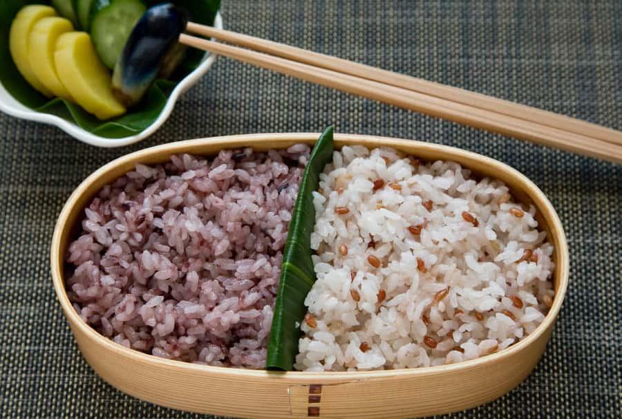 Ngũ cốc nguyên hạt làm giảm nguy cơ mắc bệnh tiểu đường. Gợi ý cách chế biến gạo lứt dễ ăn hơn 2