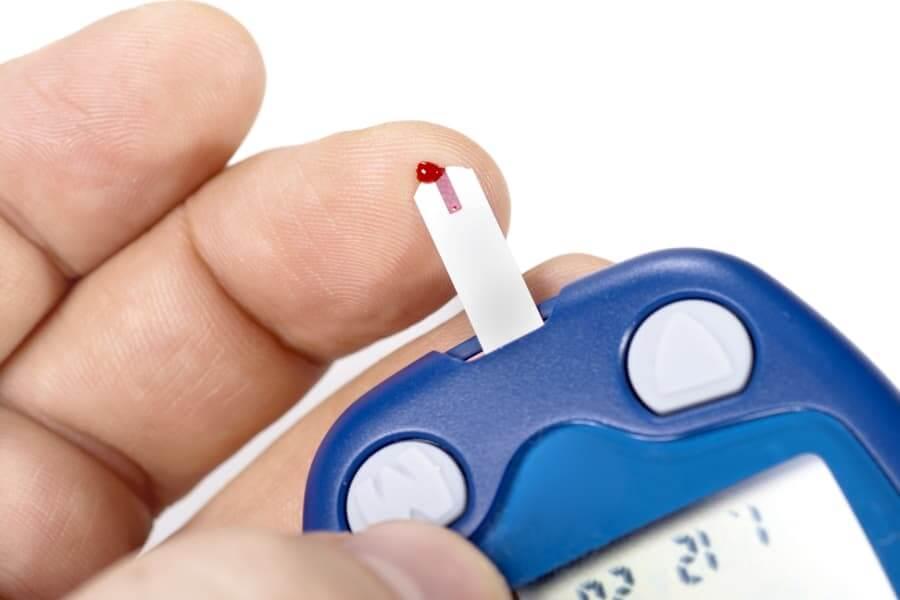 Bệnh tiểu đường và sức khỏe răng miệng 2