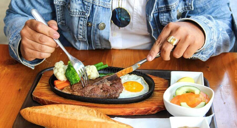 Ăn sáng có tác dụng cải thiện bệnh tiểu đường và kiểm soát cân nặng 2