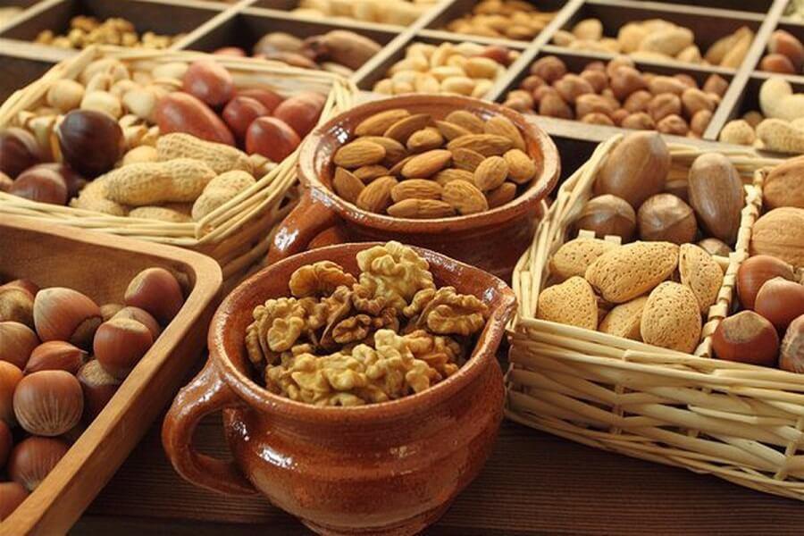 Người mới mắc bệnh tiểu đường nên chú ý gì trong chế độ ăn uống để kiểm soát đường huyết tốt hơn? 1