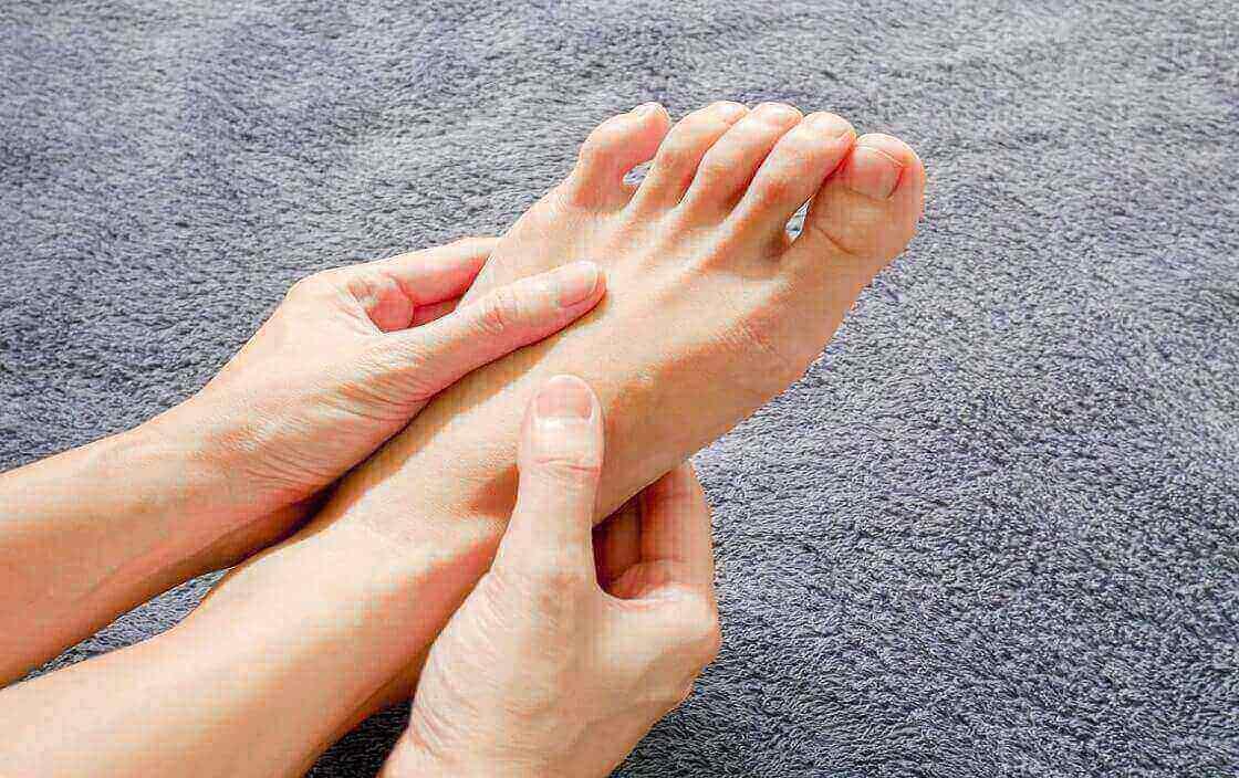 Người mắc bệnh tiểu đường nên chú ý tới bệnh tê buốt tay chân vào mùa đông