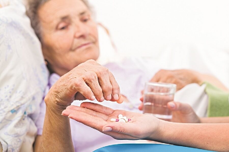 Kiểm soát lượng đường trong máu mà không làm hạ đường huyết ở người cao tuổi 1